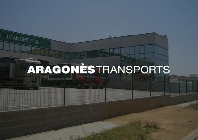 Almacén logístico y oficinas para empresa de transportes